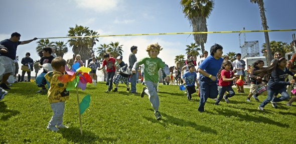 The Race For The Golden Egg At Venice Beach